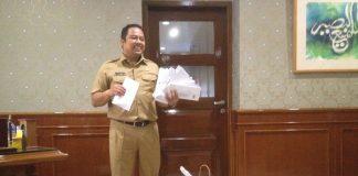 Walikota dan Surat dari seluruh masyarakat kota tangerang