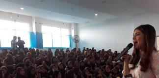 Isyana Bagoes Oka Berbagi Pengalaman Jurnalistik di Tangsel