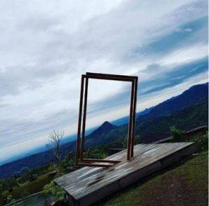 Spot frame