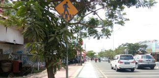 Jalur disabilitas pejalan kaki